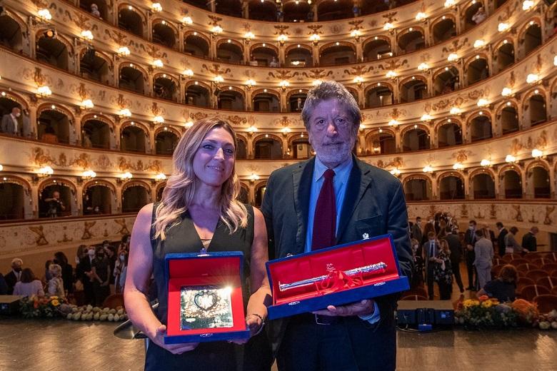 Francesca Nava e Andrea Purgatori, i due giornalisti premiati al Premio Estense 2021